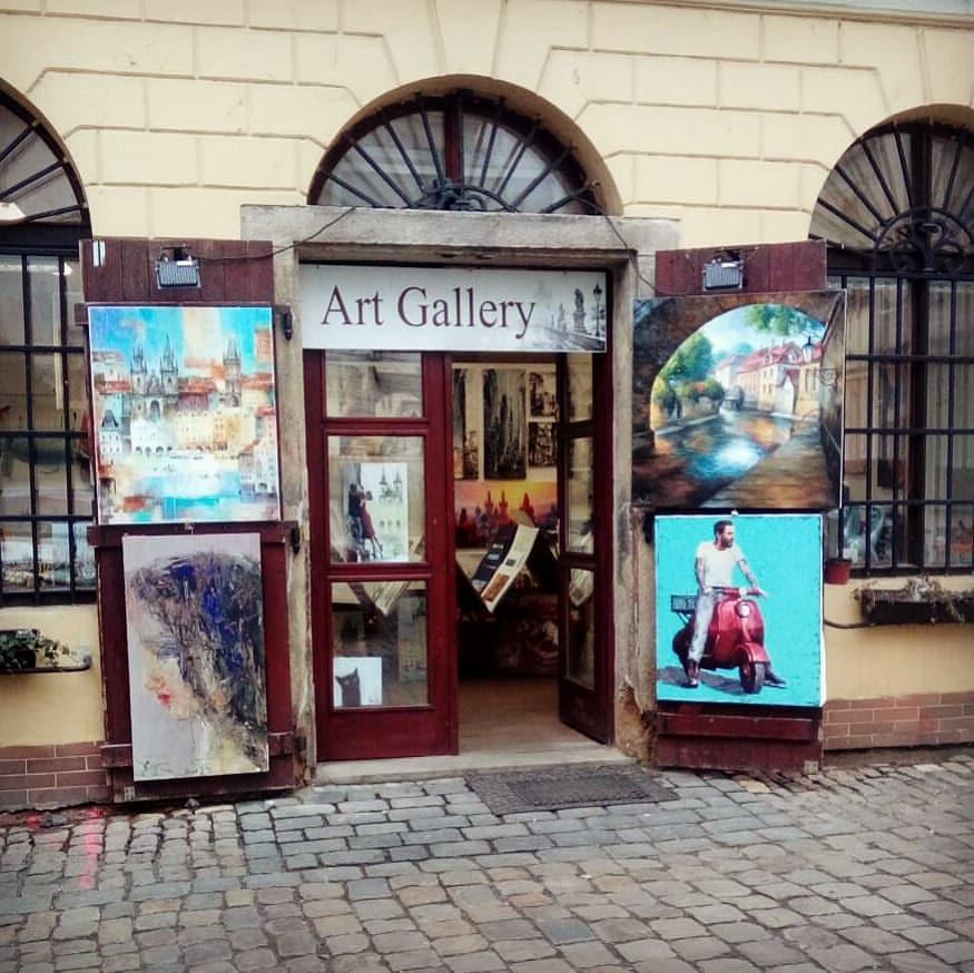 Satija Gallery
