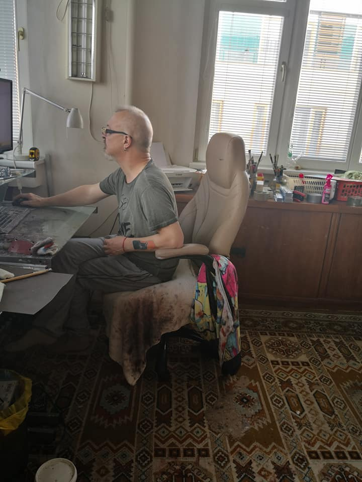 Igor Shulman at his artist workshop